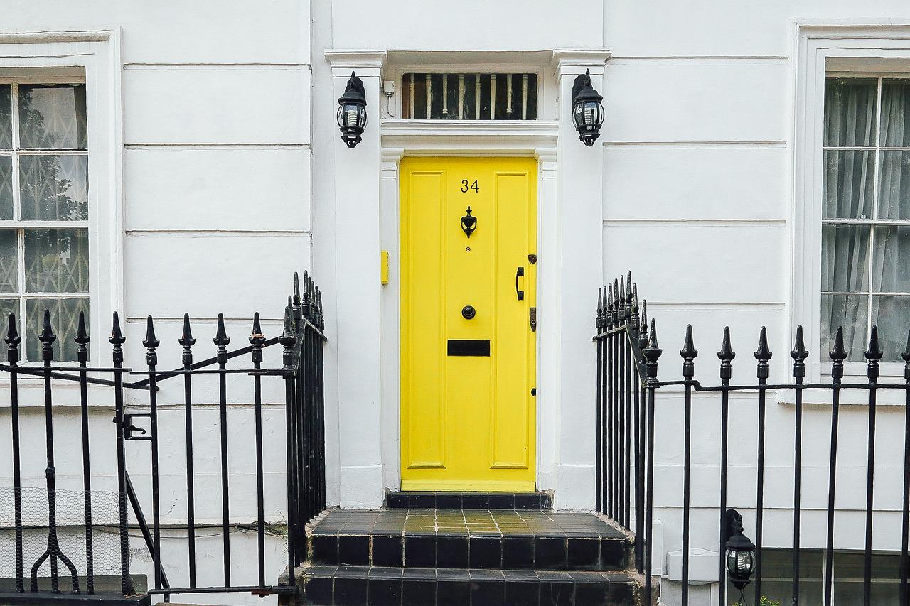 Jak zamontować drzwi zewnętrzne?