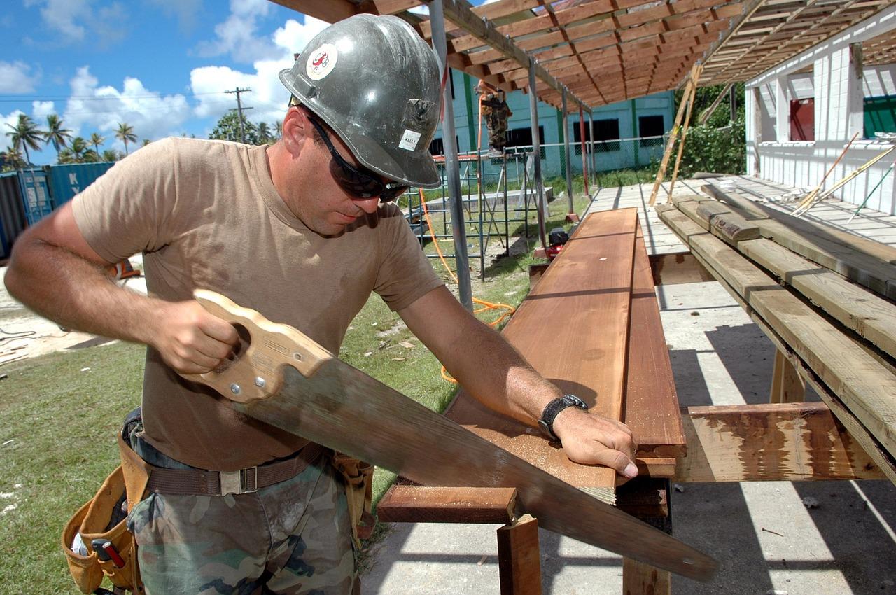 Kupujemy materiały budowlane - gdzie warto szukać?